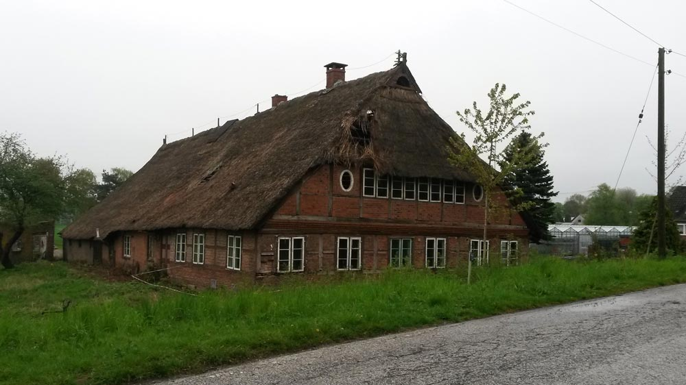 verfall-hufnerhaus-bauernhaus-allermoehe